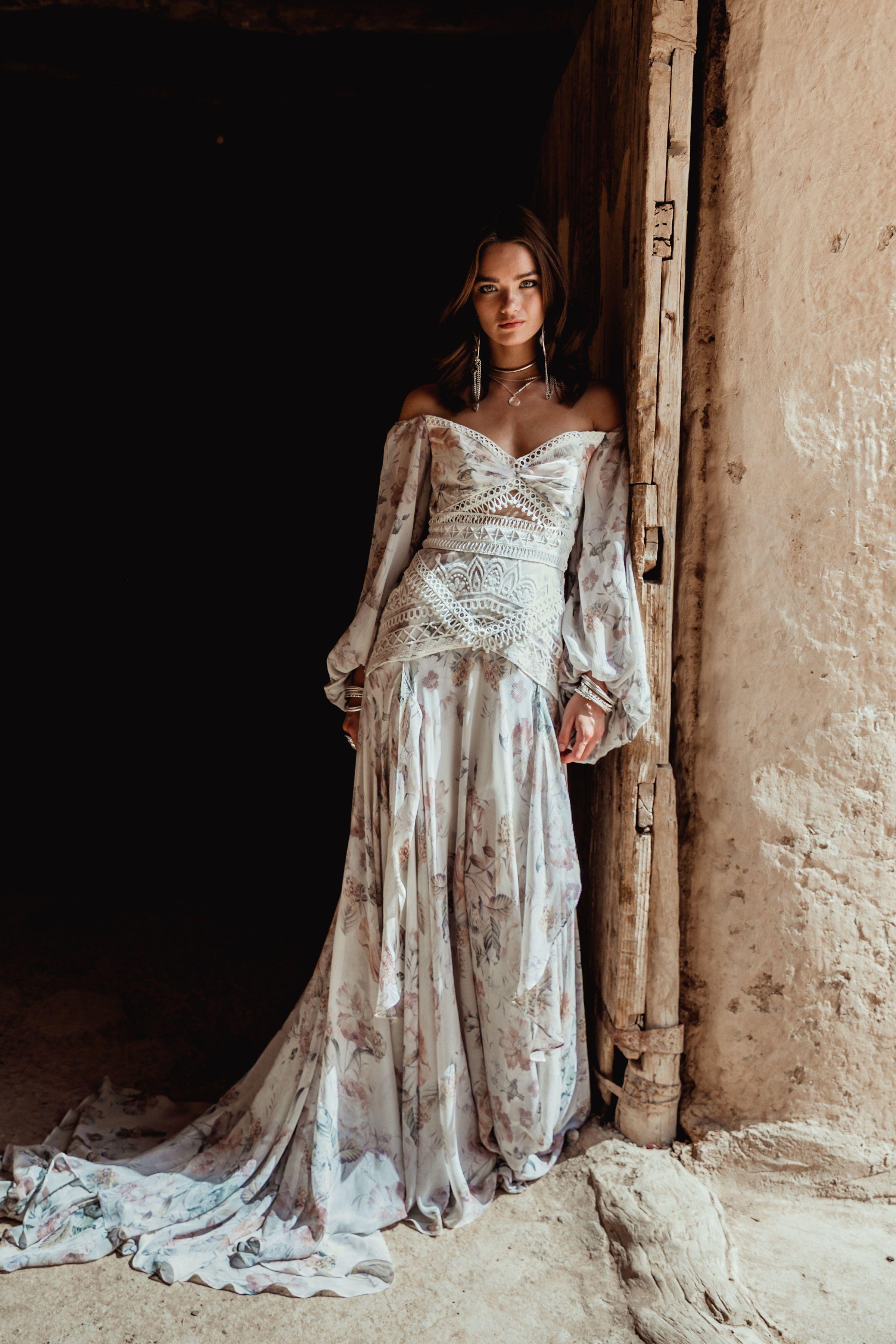 Nahla gown ruedeseine ruedeseinebridal ruebridal wildheart
