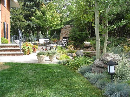 Patio Garden with Pond | Maureen Shaughnessy | Flickr