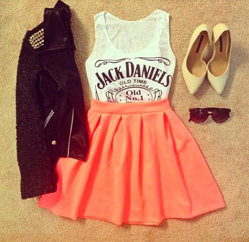 Coral skirt outfit.  Cute. Casual. Pointed heels.