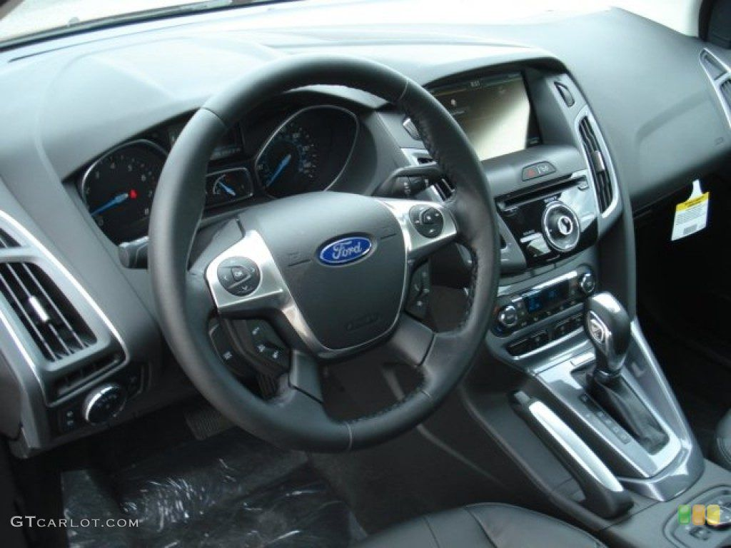 2013 Ford Focus Titanium Hatchback Charcoal Black Dashboard Ford