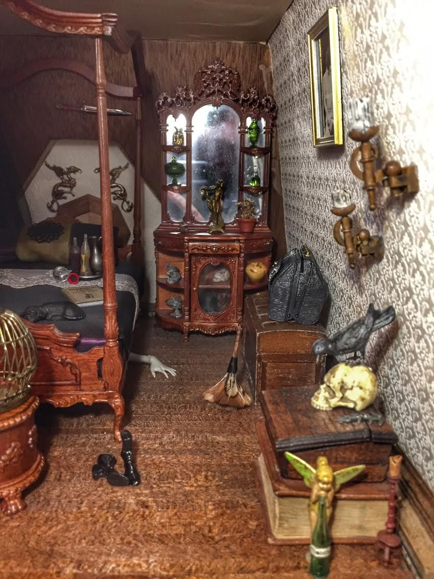 The Haunted Dollhouse, final reveal! | The Bloggess #haunteddollhouse