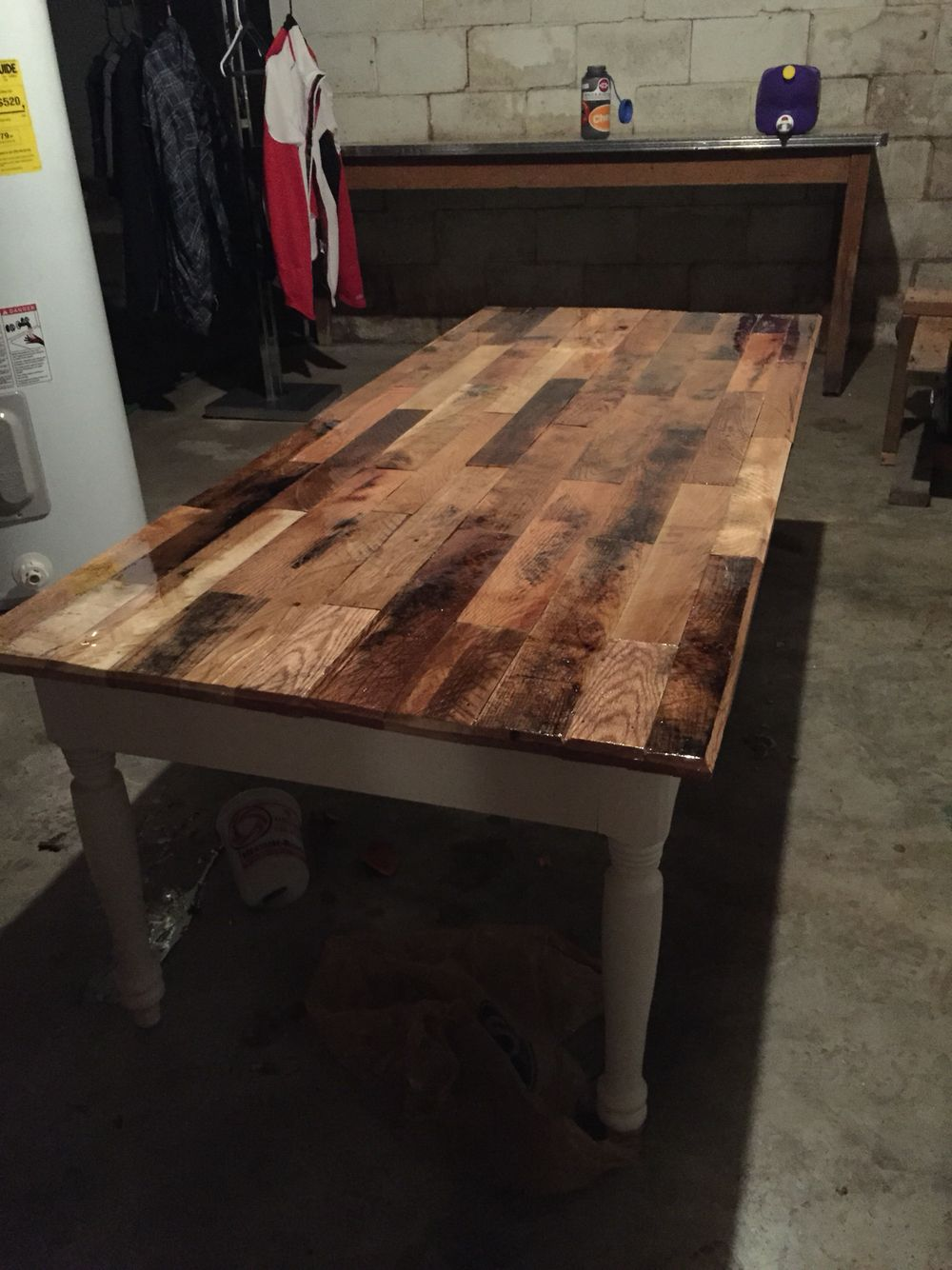 This Coffee Table Was Made From Pallet Parts That I Took Apart They Are Mostly Red Oak And Poplar There Jo Wood Pallet Projects Furniture Projects Diy Dresser