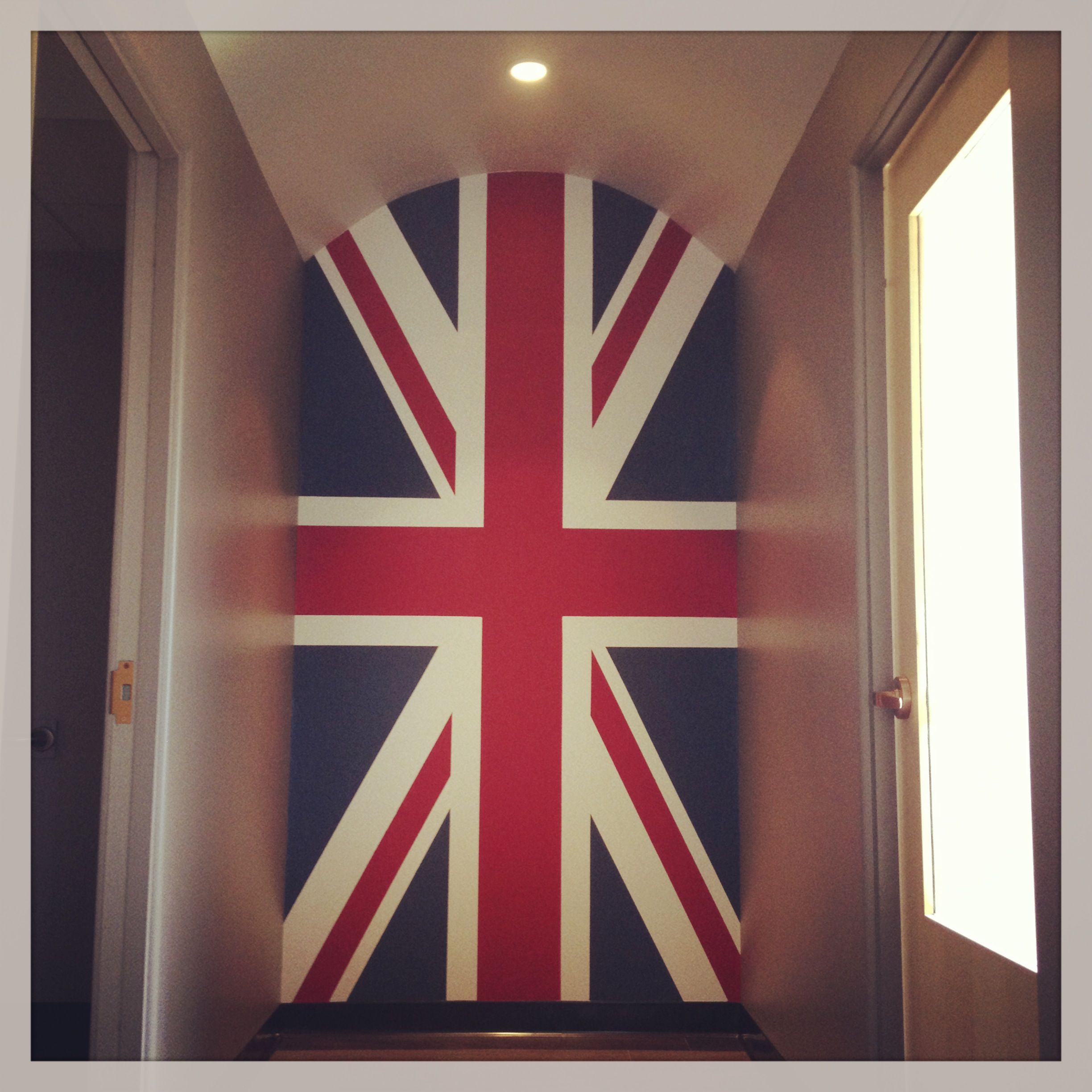 British Union Jack Flag Mural Using Sherwin Williams Sw 7586 And Sw