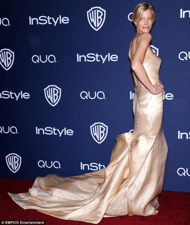 Anna Gunn at Golden Globes January 2014