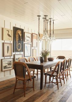 House Tour: A Seaside Renovation with an Antique Touch #beachcottagestyle