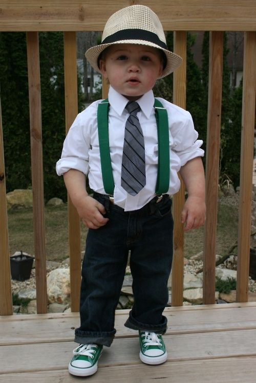 3cb79b44c I'm soooo gonna dress him like this! Chucks and Suspenders with a splash of  green. tykes-style