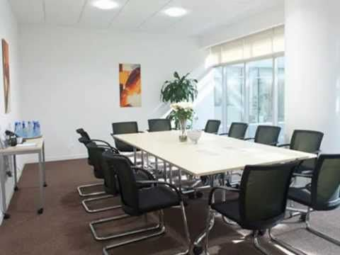 A Clean Office Space Makes The Day Refreshing Modern Office Space Design Modern Office Interiors Office Interior Design Modern