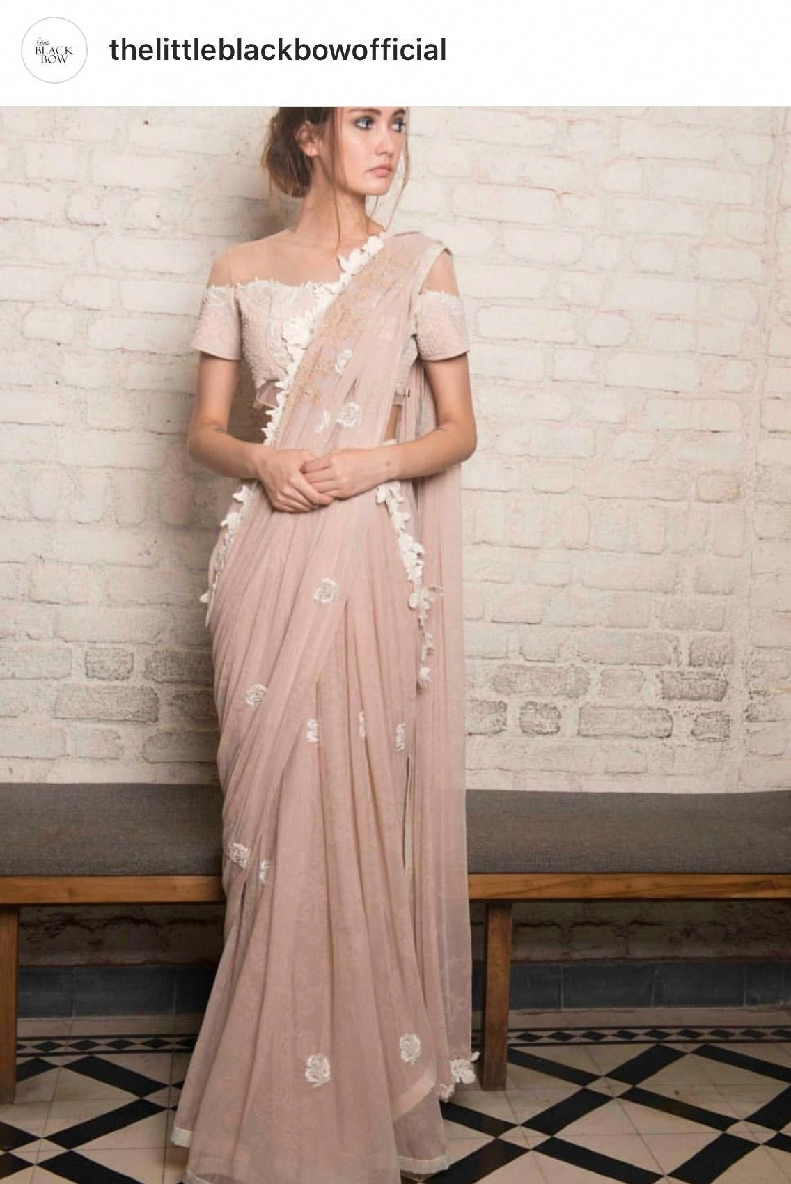 Be a showstopper at cocktail party or a wedding reception. Up your glam quotient the desi way with sexy saree ideas. Follow @Fashionnaire #cocktail #saree #weddingreception #wedding #sexysaree #cocktailpartydresses #saridress