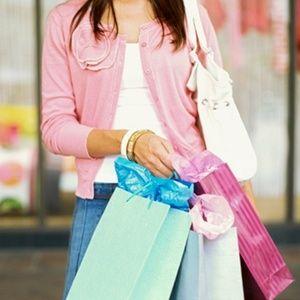 Mais da metade dos brasileiros compra por impulso, mostra pesquisa