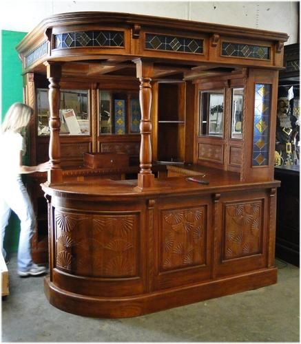 Victorian English Irish Sty Corner Pub Bar Furniture Antique Mahogany Solid Bar Basements And