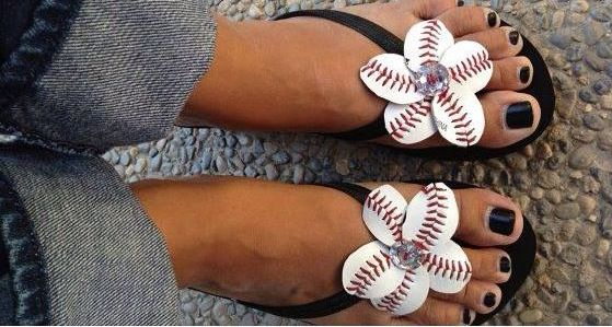 Baseball lovers flip flops for us girls who love MLB