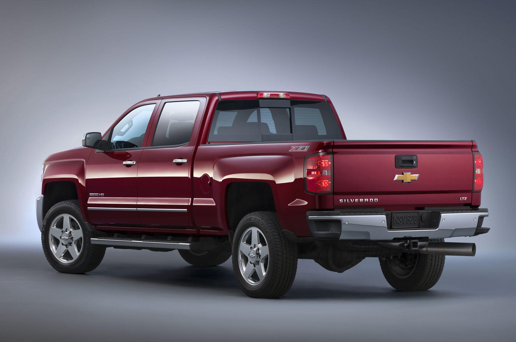 Red 2015 chevrolet silverado truck
