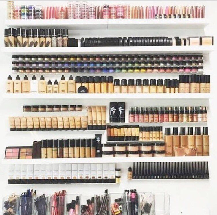 @inthestyleUK : Can this be our makeup collection please  https://t.co/lN5mQwyjP5