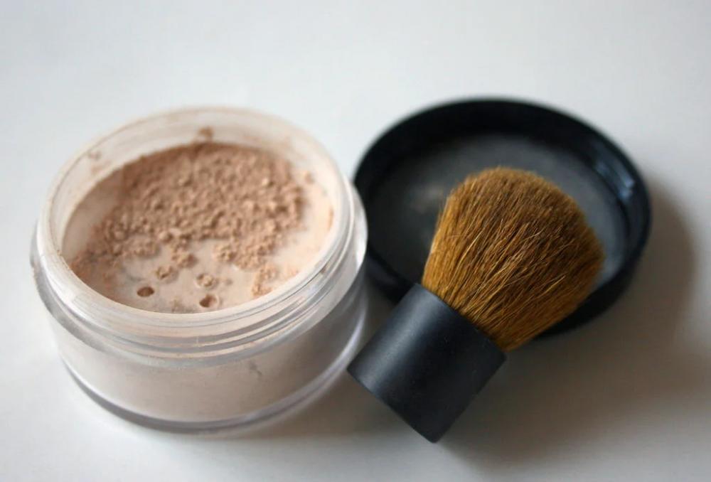 DIY Mineral Makeup Diy mineral makeup, Diy makeup powder