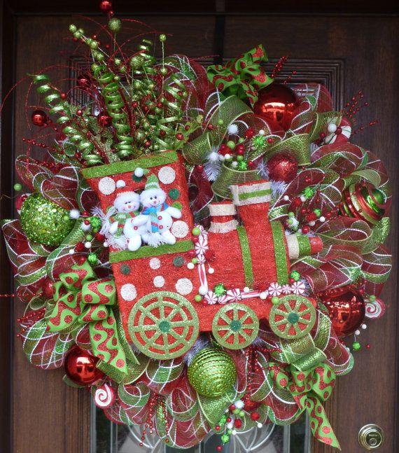 Whimsical Christmas Trees Ideas: Deco Mesh WHIMSICAL CHRISTMAS TRAIN With Lights