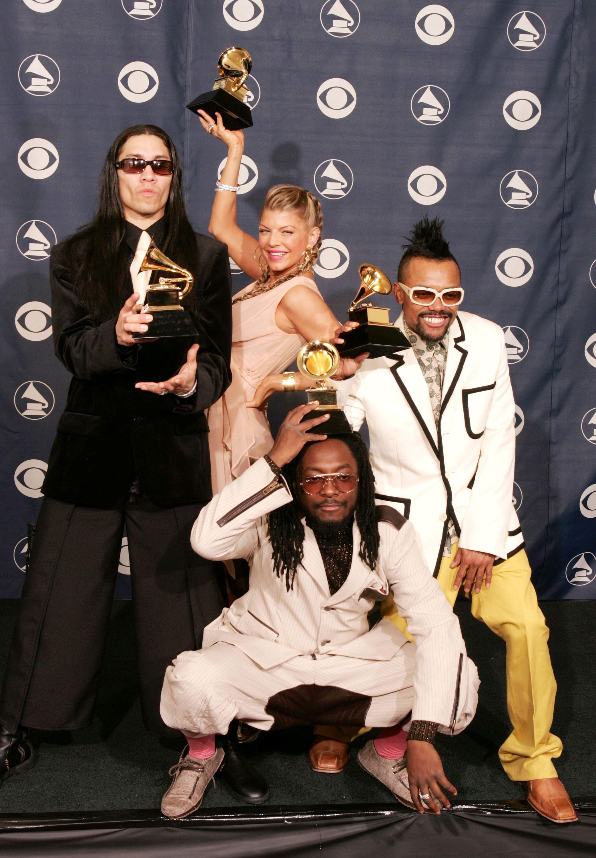 Black Eyed Peas Wallpapers Hd Free Download Black Eyed Pea Black Eyed Peas Melhores Imagens
