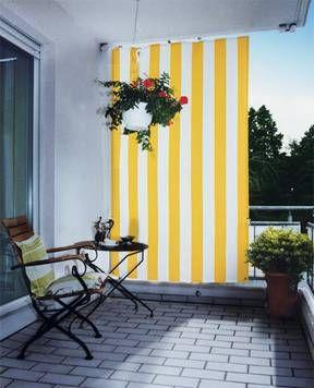 Sonnenschutz Gelb Weiss Gardening In And Out Balcony Balcony
