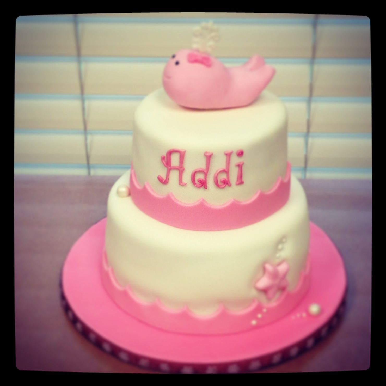 Pink whale baby shower cake I think something like this for the