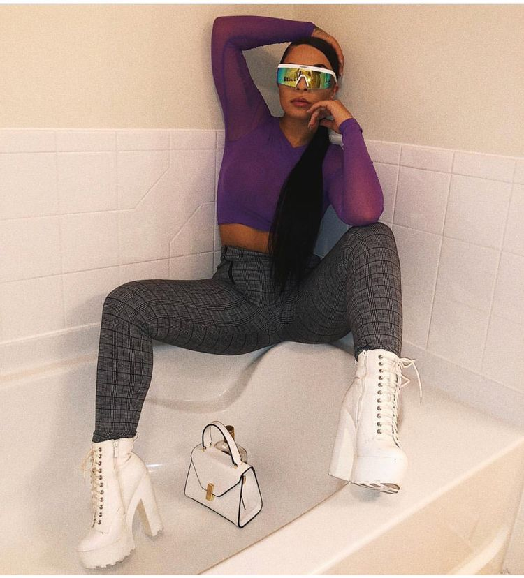 pinterest  nandeezy †   Bad girl outfits, Colourful outfits