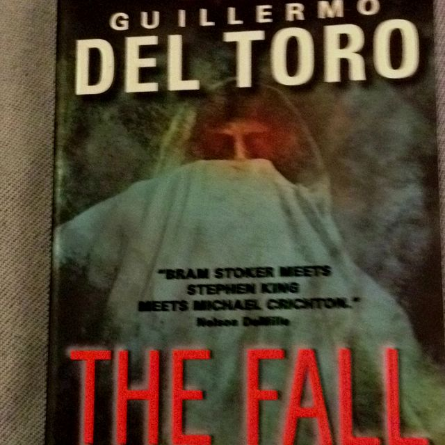 Book Two of Guillermo Del Toro's vampire trilogy.