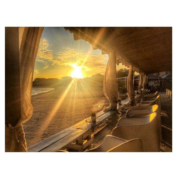 Most beautiful view from Borboleta retail location  Sunshine Beach Bar Medulin  #borboleta_official @sunshinebeachbar #sunshinebeachbarmedulin #beautifulsunset #beautiful #amazingview #love #beach #beachbar #sunset #borboleta_official #bracelet #jewelry #instamood #medulin #croatia