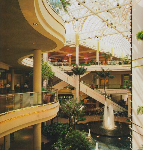 South Bay Galleria Redondo Beach