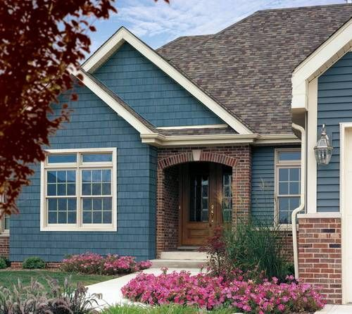 Best 25 blue vinyl siding ideas on pinterest vinyl - Exterior brick and siding combinations ...