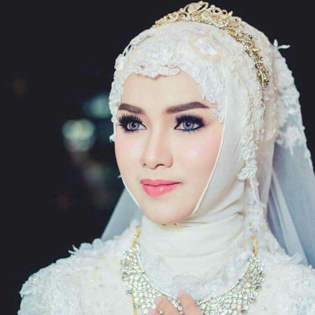 Wedding Gown Surabaya: Pin By Zahida Kajee On Brides In Hijab / Hijab Style