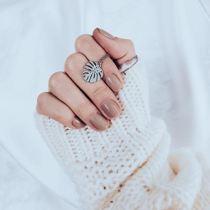 Photo of Tropische Monstera Blatt Halskette Silber – Happiness Boutique
