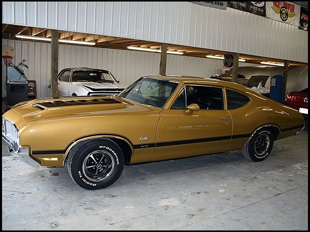 1970 Oldsmobile Cutlass S W 31 For Sale By Mecum Auction