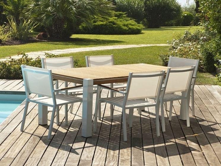 Tavolo Plastica ~ Ribalto tavolo verde bosco scabdesign