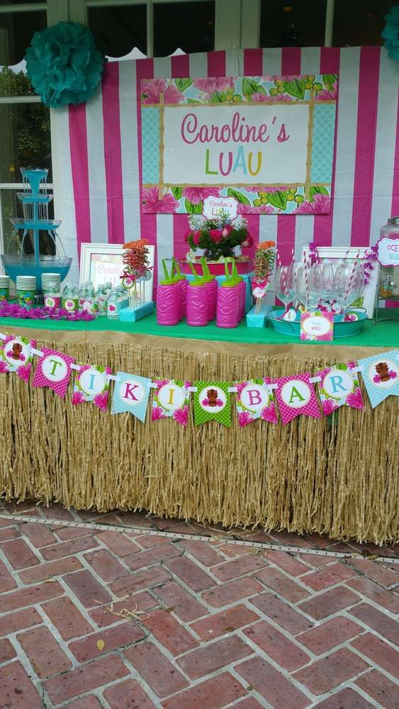 Let's Luau Pool Party | Party Styling and Party Printables by That Party Chick.  www.thatpartychick.net