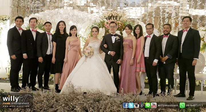 The wedding of dion ivana dionivana thanks to all supported venue harris hotel conventions ciumbuleuit bandung catering daf catering decoration wedding cake valentineweddingdecoration mc andylee168 music junglespirit