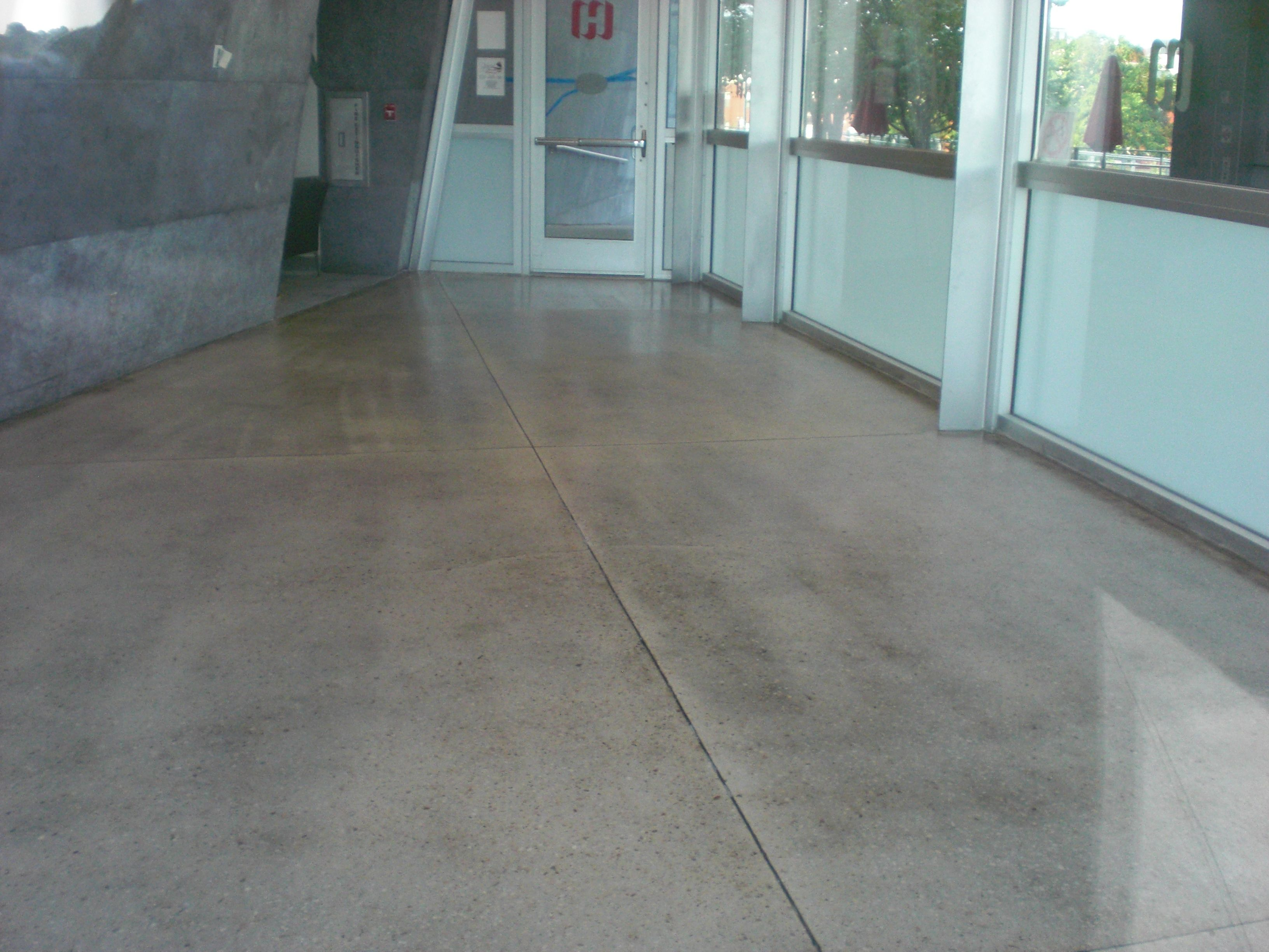 Hunter Museum Cafe Concrete Floor With A Clear Coat Sealer - Clear coat for tile floors