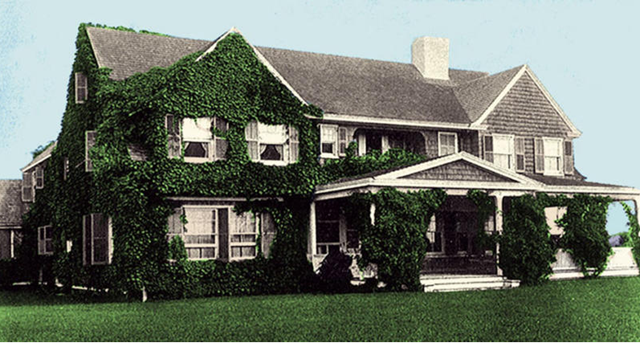 Taken In The Early 20s The House Is Now Covered In Ivy Notice