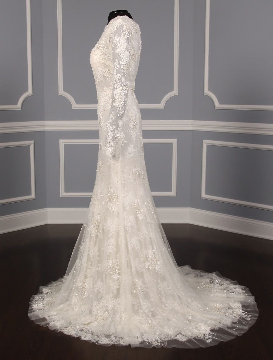 This 100 Authentic New Monique Lhuillier Candice Wedding Dress Is A Gown With A Separate With Images Wedding Dresses Monique Lhuillier Wedding Dress Wedding Dresses Lace