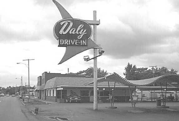 Daly Drive In On Wayne Rd Westland Mi I Miss Those Dalyburgers Nothing Like Them