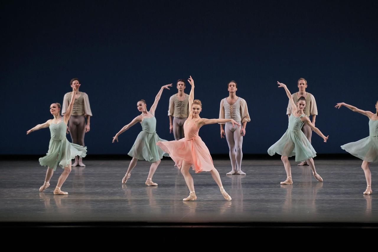 Sara Mearns And Other Dancers Of Nycb In George Balanchine S Allegro Brillante Photo By Paul Kolnik City Ballet George Balanchine Dance Pictures