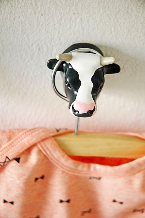 DUTCH COW. Coathook. Design: Jorine Oosterhoff