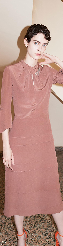 Miedoso Vestido De Novia Victoria Beckham Ideas Ornamento ...
