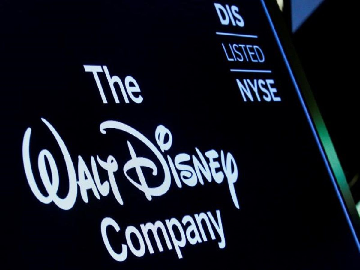 Fox chose Disney over Comcast on regulatory, stock fears