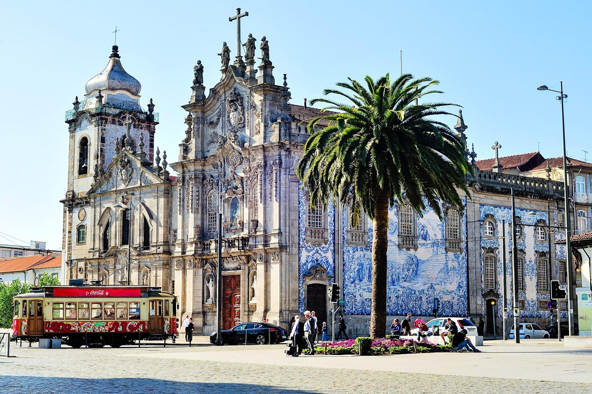 Igreja do Carmo (Porto)   Ruralea   Porto, Barcelona cathedral, Porto  portugal