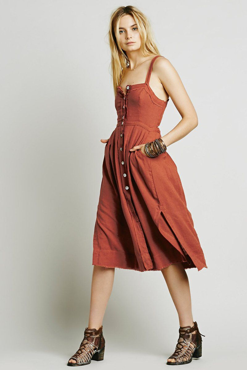 Spaghetti straps square buttons split kneelength dress in