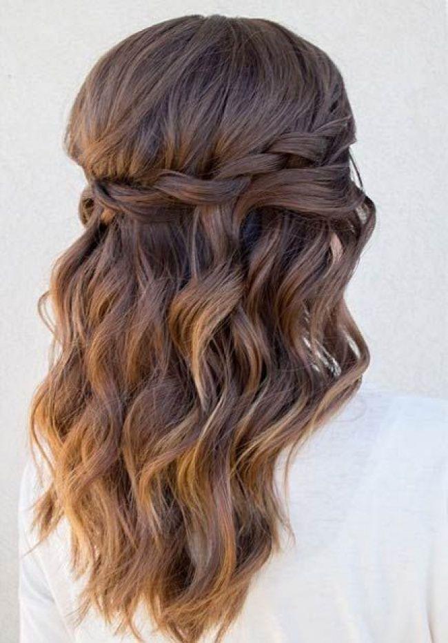 Coiffure De Soiree Cheveux Boucles Mi Long Couplesretirementpuzzle