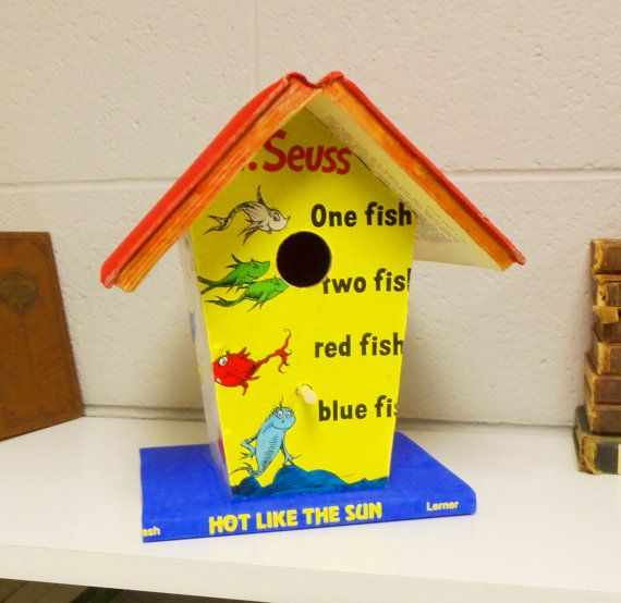Dr Seuss One Fish Two Altered Book Birdhouse Bookshelf Library Decor Librarian Or Teacher Gift On Etsy 2500