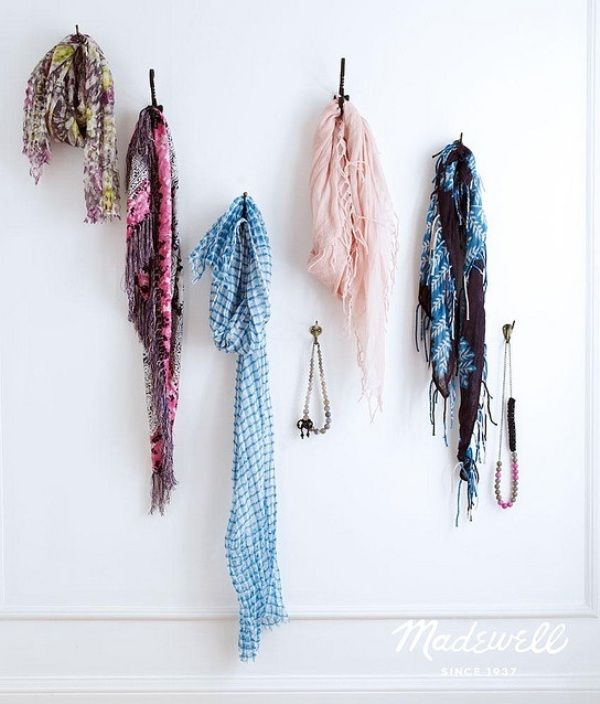 Diy scarf storage ideas do it yourself pinterest diy scarf diy scarf storage ideas solutioingenieria Images