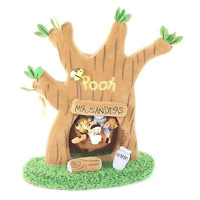 Description:adorable winnie the pooh finger puppet stage! A sturdy plush tree house with a swinging door and a pouch for the puppets. Includes:pooh, piglet, tigger, eyeore and roo puppetscondition: like-new, all figures included, no signs of use or wear. Fast & free shipping! Returns accepted, buy with confidence!...