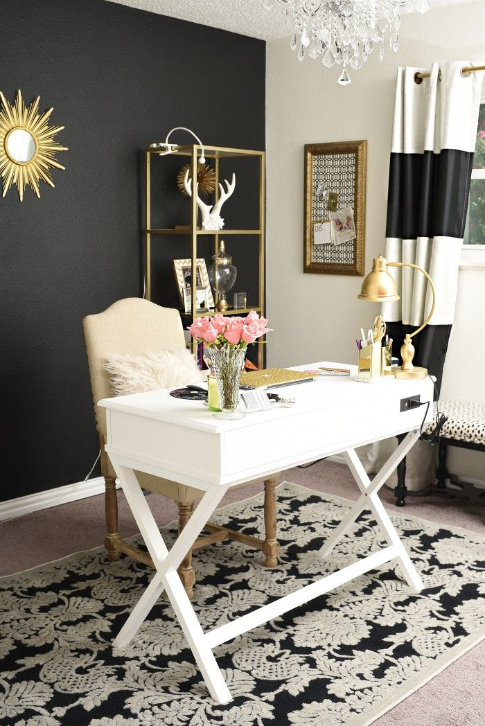 Merveilleux Black, White And Gold Glam And Feminine Home Office.