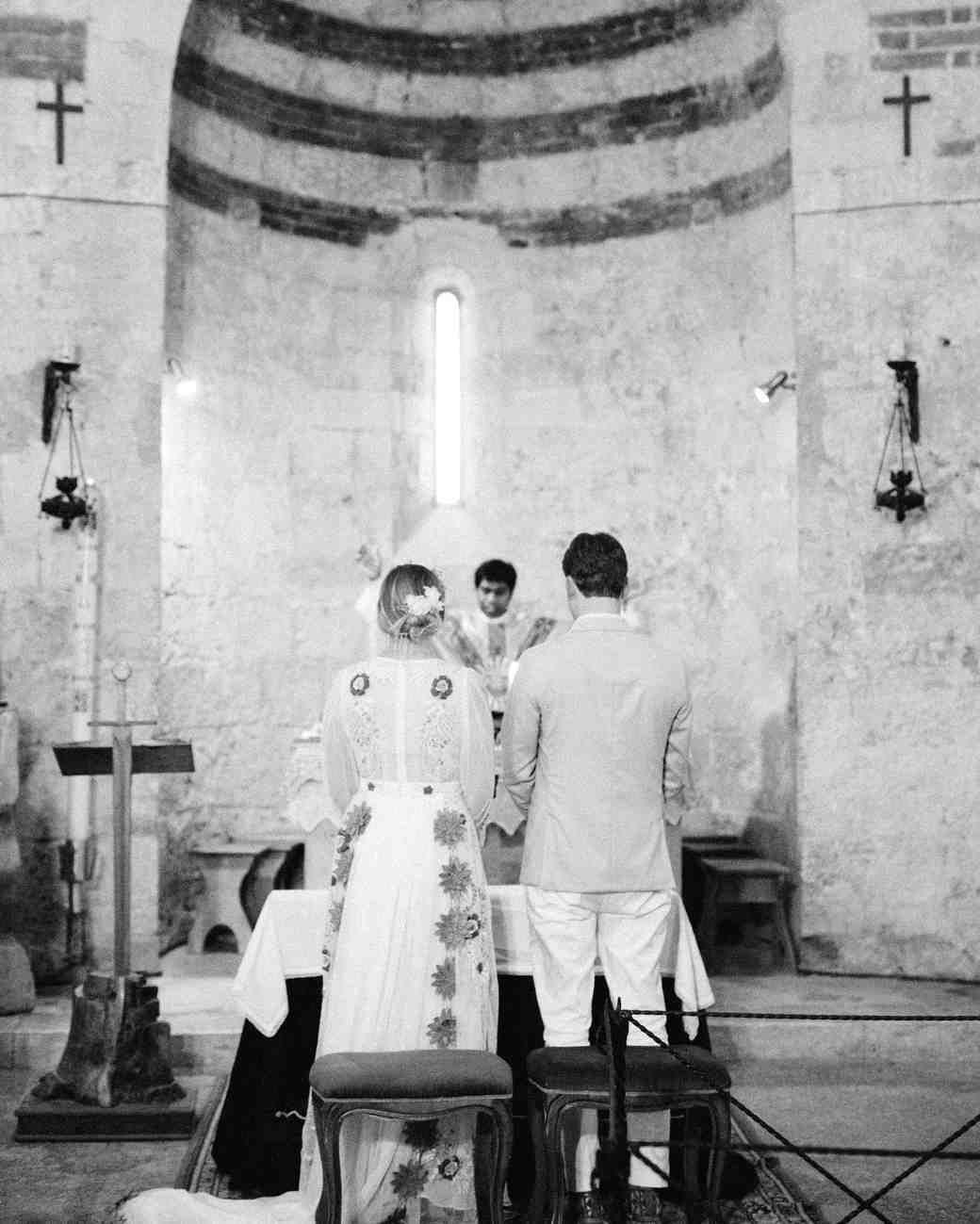 A Super Fashionable Destination Wedding In Italy Italy Wedding Catholic Wedding Ceremony Traditional Wedding Vows
