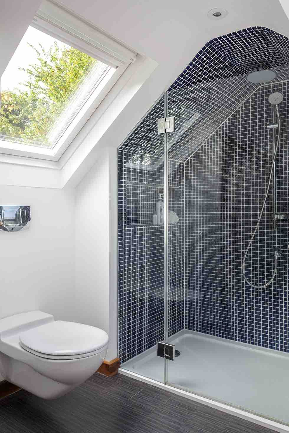 Bathroom alcoves and sloping roofs it s the little for Bathroom alcove ideas